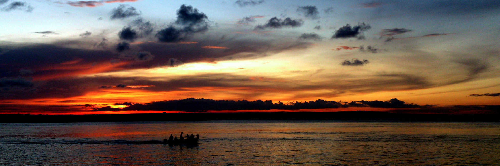 Pescatori nel tramonto, Mida Creek, Watamu. Kenya.