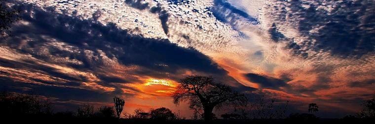 Tamonto nei cieli del Kenya