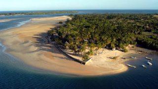 Vista della baia isola di Manda